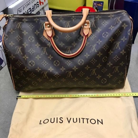 Louis Vuitton Handbags - LV SPEEDY 40 bag!!!💯authentic 3bd11d5e6d45a